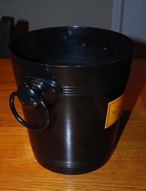 wine spit bucket